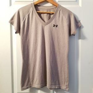 •under armour workout tee•